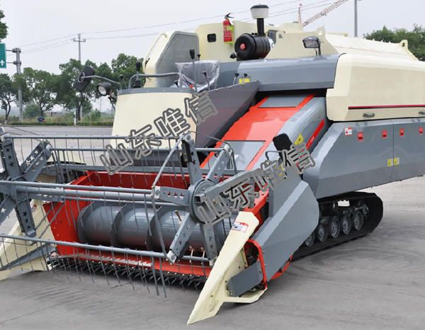 Rice and Wheat Combine Harvester Machine