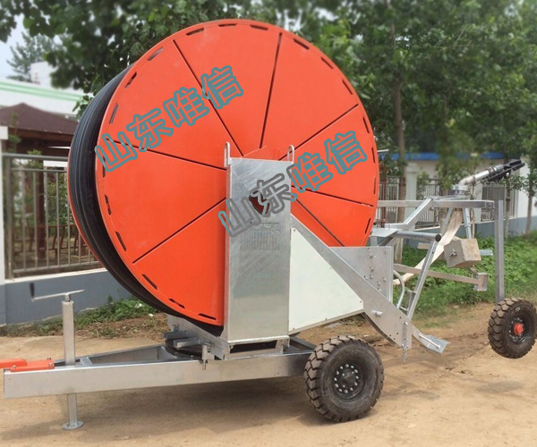 Mobile Hose Reel Irrigation System With Sprinkler Irrigation System